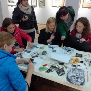Досвід знаних митців – талановитій молоді