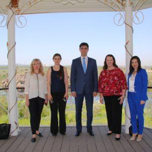 Надзвичайний та Повноважний посол Австралії в Україні відвідала Хортицьку національну академію