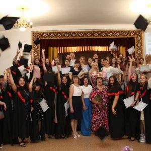 Урочисте вручення дипломів бакалаврів та магістрів 2021 року Хортицької національної академії